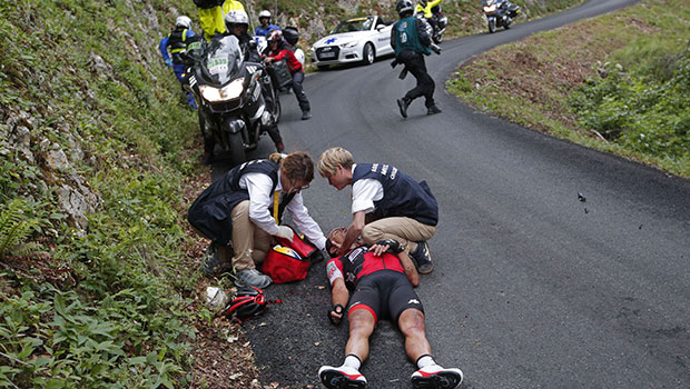 Tour de france fracture du bassin et de la clavicule pour for Richie porte tour de france